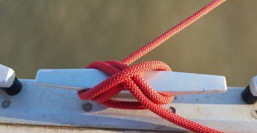 Priveznik z vrvjo
