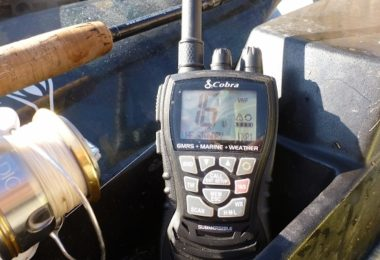 Ročna VHF postaja